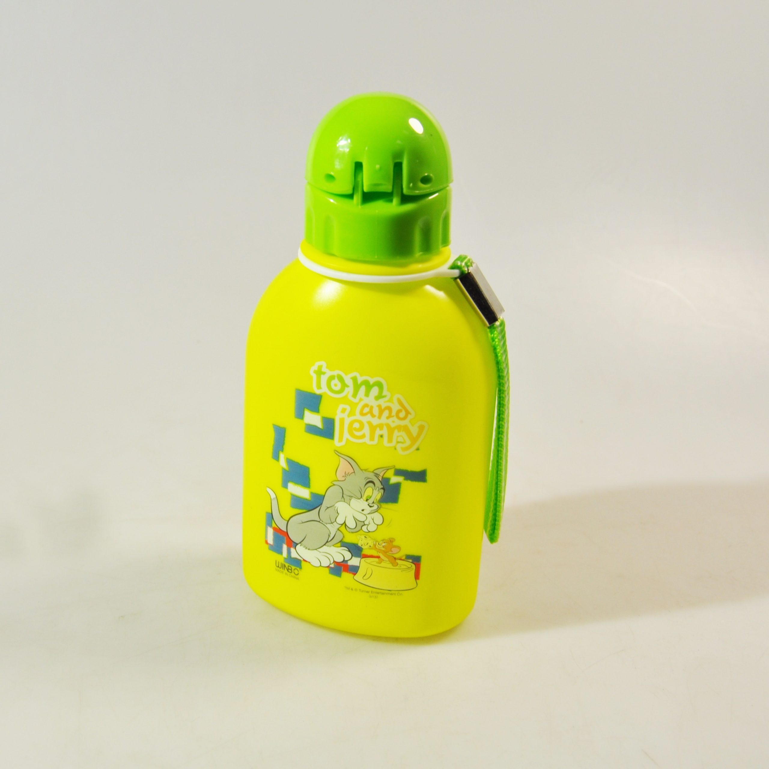 BOUTEILLE A EAU TOM AND JERRY TJ45601 REF 87629